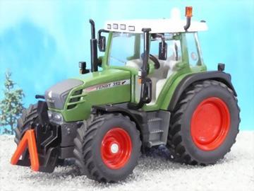 Flot traktor der er ca 15 cm lang og 9 cm høj